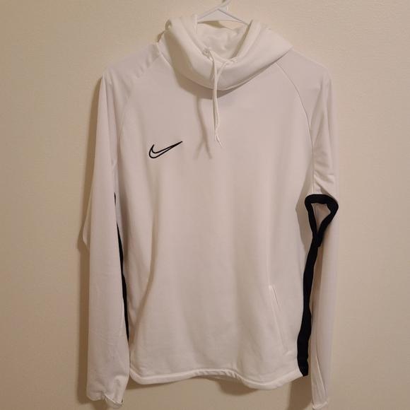 nike t shirt hoodies
